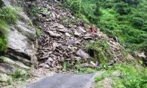 हेटौँडा–काठमाडौँ सडक पुनः अवरुद्ध