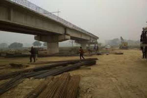 निर्माण गरेको नौ महीना नबित्दै भत्किन थाल्यो पुल